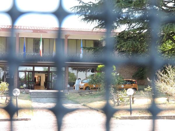 Rocca di Papa, migranti positivi tentano la fuga dalla quarantena
