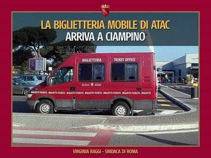 Sassi contro 3 bus a Roma, passeggera lievemente ferita