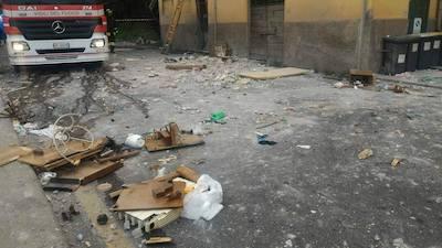 Esplosione a Velletri, di fronte alla stazione ferroviaria, fuga di gas