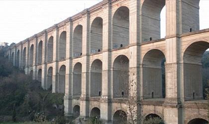 Roma, ragazzo di 25 anni si suicida dal ponte di Ariccia