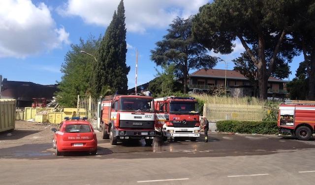 Incendio Pomezia, livello diossine 700 volte superiore alla soglia salute
