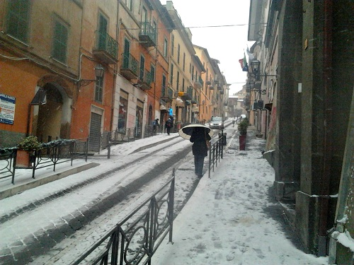 Ecco la neve: ai Castelli romani i primi fiocchi