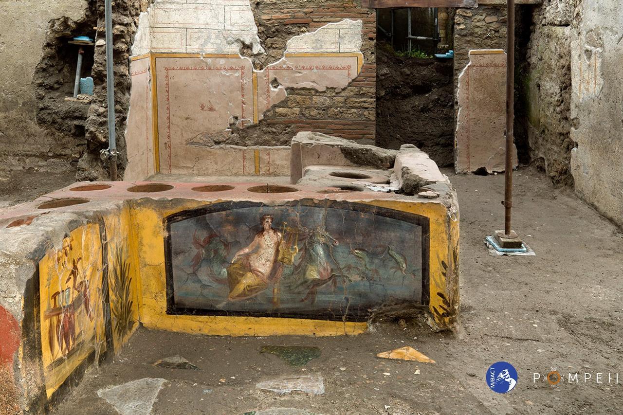 STORIE | Termopolio di Pompei, la tavola calda antica duemila anni