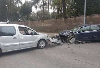 incidente viaOlivella albanolaziale
