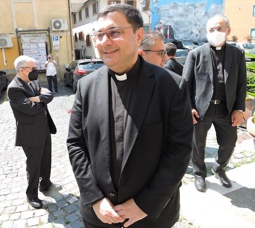 vescovo Viva5 albano ilmamilio