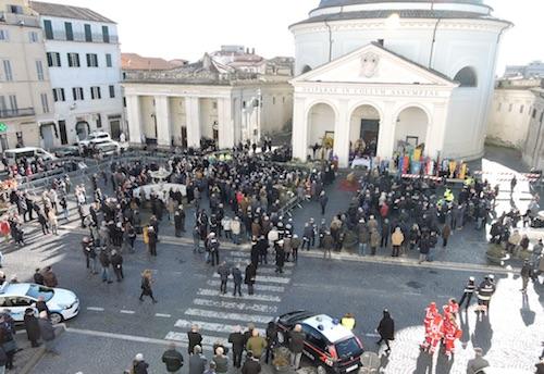 funerali DiFelice1 ilmamilio