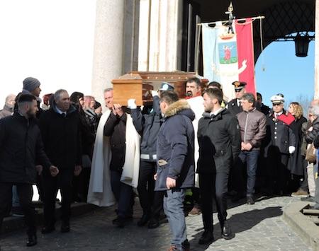 funerali DiFelice2 ilmamilio