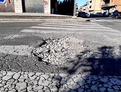 cratere piazzaKennedy ciampino ilmamilio
