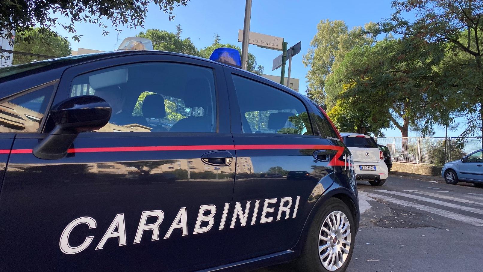 Roma   Blitz dei Carabinieri in una 'piazza di spaccio': 5 arresti