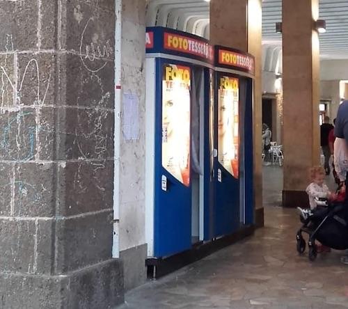 Frascati ore contate per le cabine fotografiche della for Noleggio della cabina del parco cittadino