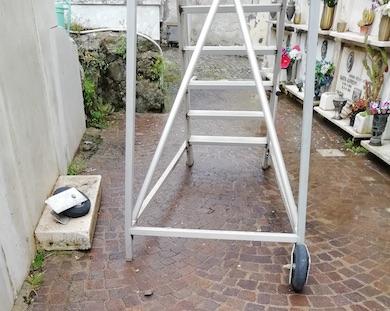 scala cimitero frascati