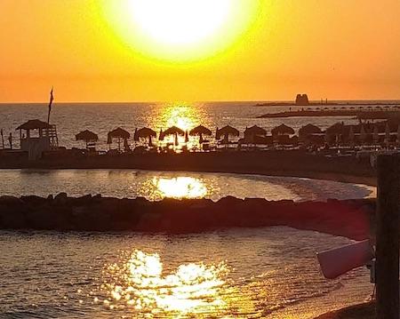 spiaggia tramonto ladispoli ilmamilio