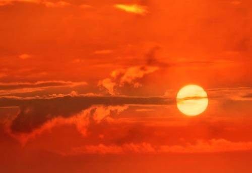 sole caldo ilmamilio
