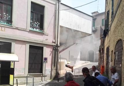 esplosione comune roccadipapa ilmamilio