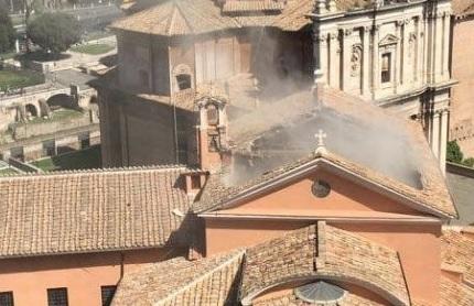 Crolla il tetto della chiesa di giuseppe dei falegnami a roma for Di giuseppe arredamenti roma