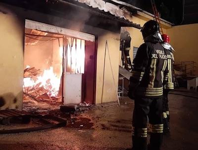 incendio falegnameria1 velletri ilmamilio