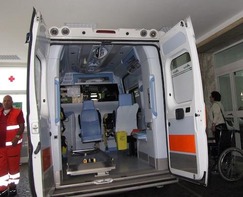 Risultati immagini per ambulanza mamilio